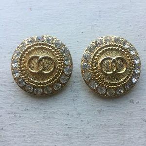 Vintage Gold Medallion Clip On Earrings